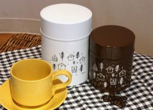 ③コーヒー缶