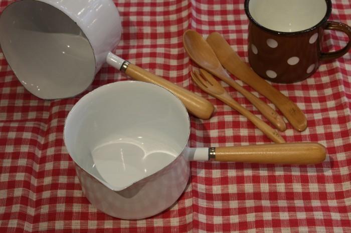 ④ミルクパンホーロー