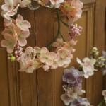 春のフラワーリース